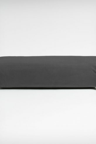 manduka-enlight-rectangular-yoga-bolster-grå